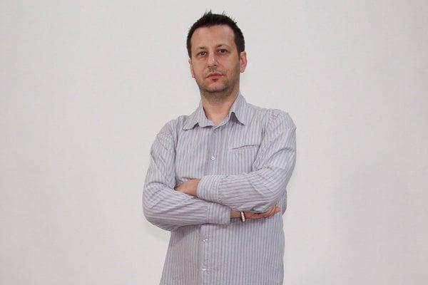 Aradi Tibor humorista